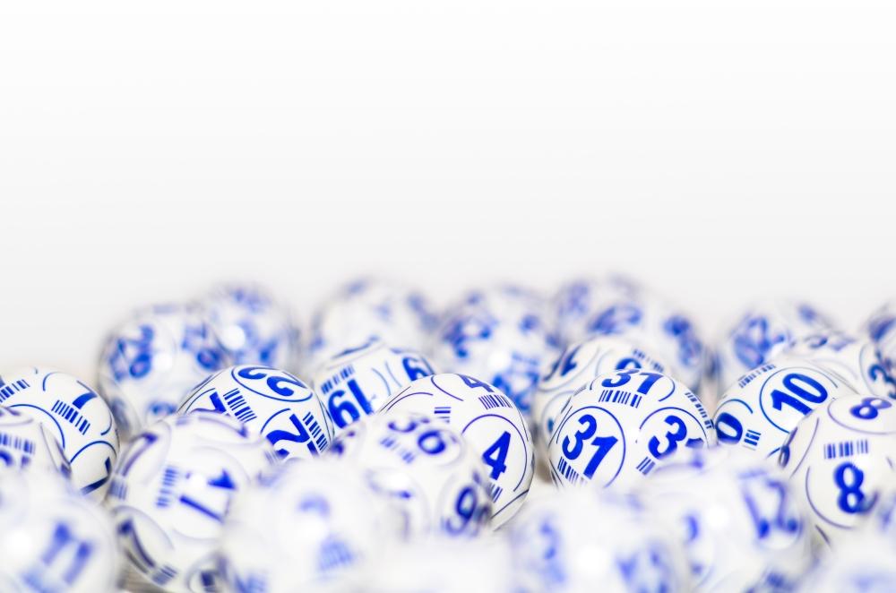 7777 лотария: Всичко за лотарийни билети, игри и награди